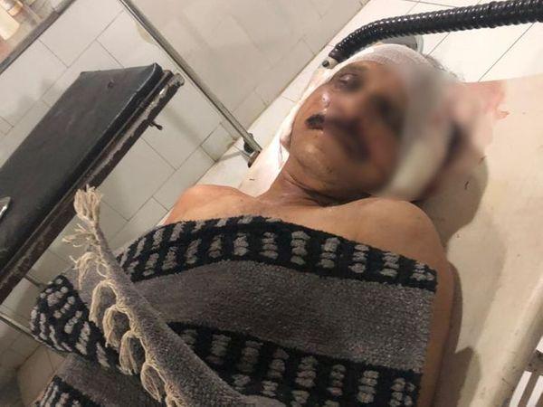 અકસ્માત થતા સ્થાનિકો દોડી આવ્યા અને ઘાયલોને સારવાર અર્થે ખસેડયા હતાં