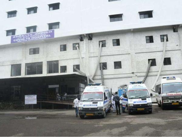સિવિલ હોસ્પિટલમાં કોરોના સારવાર લઈ રહેલા દર્દીઓની સંખ્યામાં રોજે રોજ ઘટાડો થઈ રહ્યો છે. - Divya Bhaskar