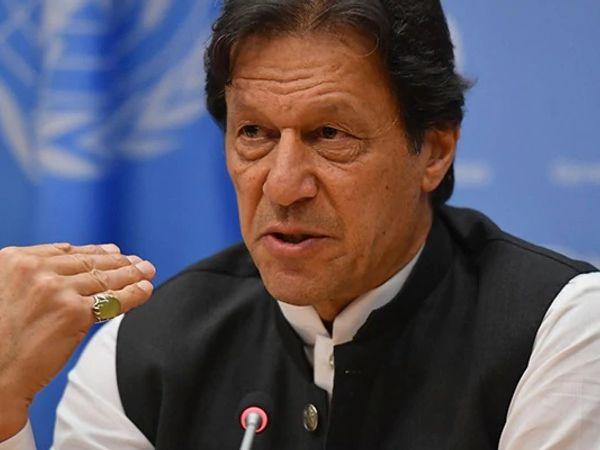 પાક.PMએ જણાવ્યુ હતું કે પાકિસ્તાન પોતાના તરફથી શાંતિ માટે બે પગલા આગળ વધવા માટે પણ તૈયાર છે.- ફાઇલ - Divya Bhaskar