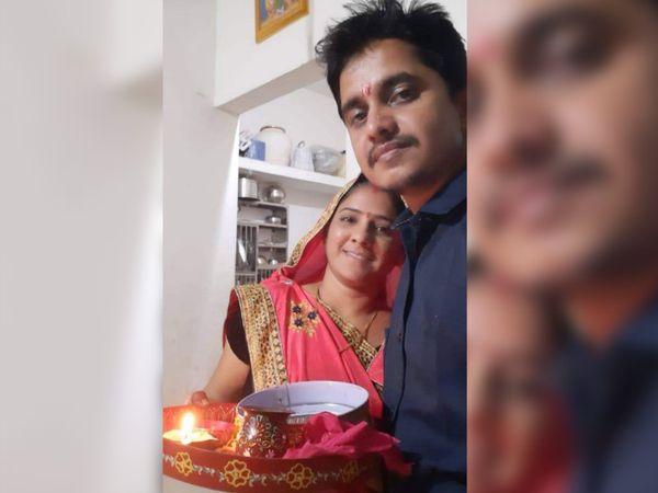 4 જાન્યુઆરીએ ફેસબુક પર કરવાચોથનો ફોટો મૂકી લખ્યું...જી લો  હર લમ્હા બીજા જાને સે પહેલે લૌટ કર યાદે આતી હૈ, વક્ત ઔર ઇન્સાન નહીં. - Divya Bhaskar