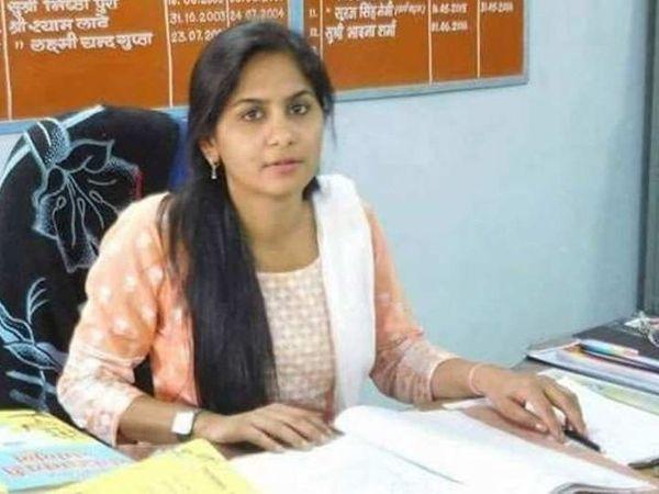 દૌસા જિલ્લામાં બાંદીકુઈ SDM આરએએસ પિંકી મીણાને 13 જાન્યુઆરીના રોજ એસીબીએ રૂપિયા 10 લાખની લાંચ લેતા પકડવામાં આવ્યા હતા - Divya Bhaskar
