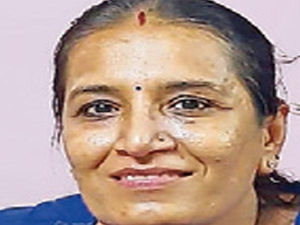નીતાબેન ખાનિયા, સામાજિક મહિલા કાર્યકર,ભાનુશાલી સમાજ,વાપી - Divya Bhaskar