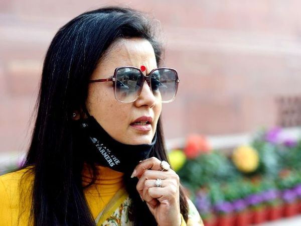 તૃણમૂલ કોંગ્રેસમાંથી લોકસભા સાંસદ મહુઆ મોઈત્રાએ દિલ્હીના પોલીસ કમિશનર એસ એન શ્રીવાસ્તવને લેટર લખીને સુરક્ષા હટાવવાની માંગ કરી. (ફાઈલ ફોટો) - Divya Bhaskar