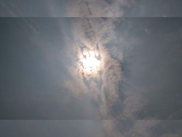 વાતાવરણમાં અચાનક પલટો માવઠું થવાની શક્યતા છે. - Divya Bhaskar