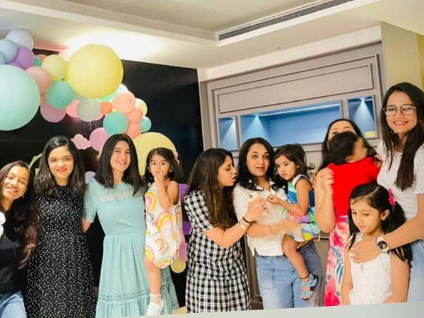સાંજે ખેલાડીઓના પત્નીઓએ મળીને હોટેલમાં પેપરપીંક થીમમાં પુજારાની દીકરીનો જન્મદિવસ ઉજવ્યો - Divya Bhaskar