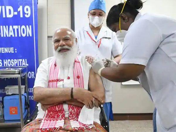 વડાપ્રધાન મોદીએ પહેલી માર્ચે દિલ્હીમાં એઈમ્સ ખાતે કોરોનાની રસીનો પહેલો ડોઝ લીધો હતો