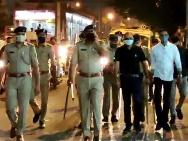 બંધ કરાવવા માટે પોલીસની ટીમો ઉતારવામાં આવી.