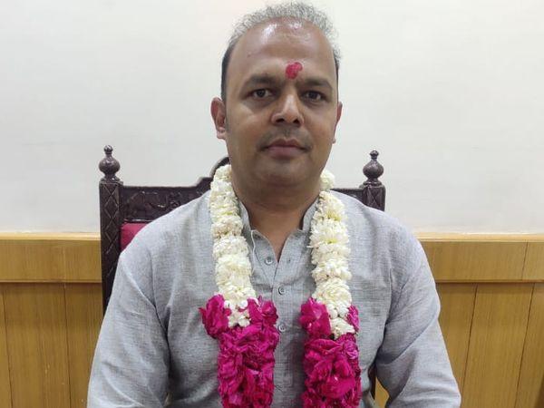 વડોદરાના મેયર કેયુર રોકડિયા - Divya Bhaskar