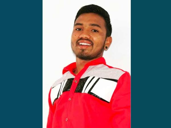 નીરવ તેના માસીયાઈ ભાઈ સાથે રામાપીરના ટેકરા ગયો હતો