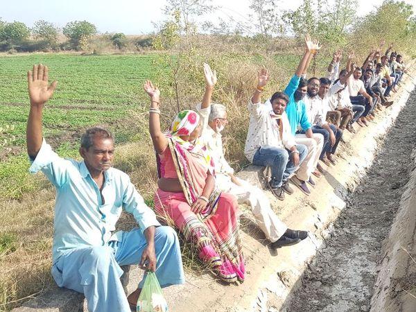 કાકડીયા માઈનોર કેનાલમાં પાણી છોડવા માટે ખેડૂતો દ્વારા માગ કરવામાં આવી. - Divya Bhaskar