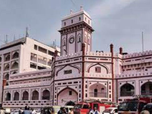 મહાનગરપાલિકા દ્વારા લોકોને વેરામાં રાહત આપવાની માગ કરવામાં આવી છે. - Divya Bhaskar