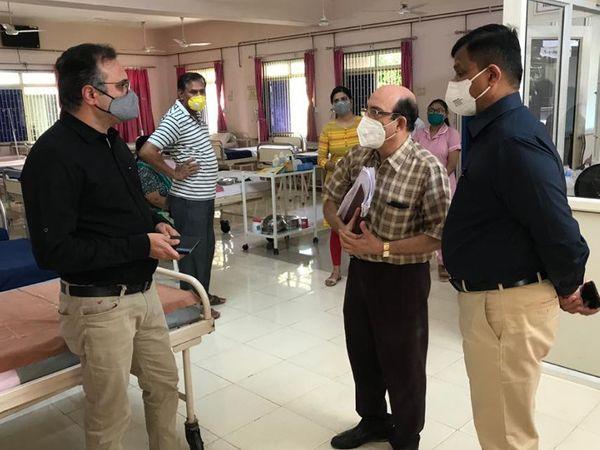ફરજ પરના ખાસ અધિરારીએ શ્રેષ્ઠ સારવાર સુવિધાઓથી સજ્જ 500 બેડની હોસ્પિટલ વિકસાવવાનો પરામર્શ કર્યો હતો - Divya Bhaskar