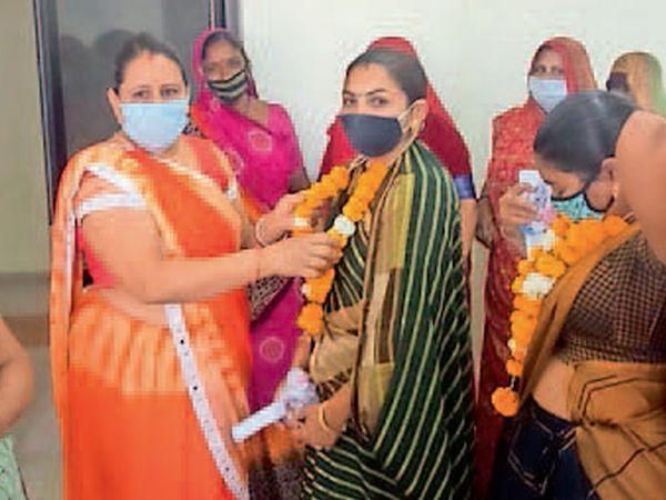 ખાંભા તાલુકા પંચાયતનું સુકાન મહિલાના હાથમાં. - Divya Bhaskar
