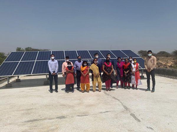 નાઝ અંધજન મંડળ સંસ્થાના બાળકો માટે 7 લાખનો સોલર રૂફ ટોપ ડોનેટ કર્યો. આ પ્રસંગે સાણંદની POSCO કંપનીના અધિકારીઓ હાજર રહ્યા હતા. - Divya Bhaskar