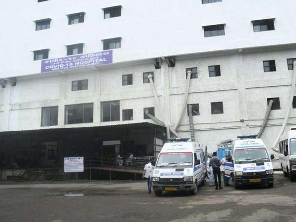 સુરત કોવિડ હોસ્પિટલની ફાઈલ તસવીર. - Divya Bhaskar
