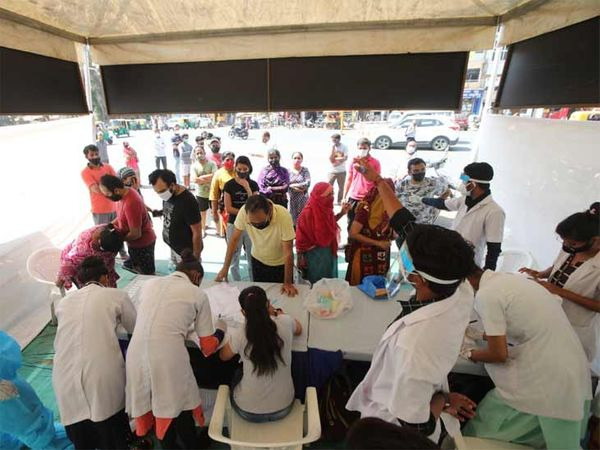 અમદાવાદ શહેરમાં કોરોનાના કારણે ટેસ્ટિંગ વધારાયું - Divya Bhaskar