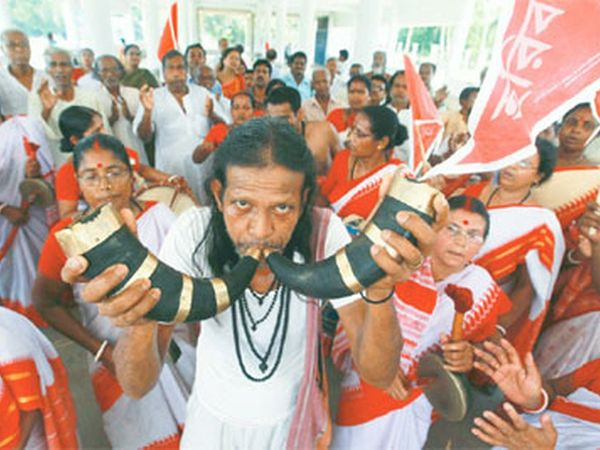 મોટા પ્રમાણમાં મતુઆ સમુદાયની વસ્તી બાંગ્લાદેશ તથા ભારતમાં વસવાટ કરે છે. (ફાઈલ ફોટો) - Divya Bhaskar