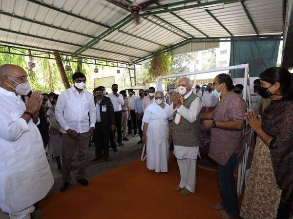 કેરળના રાજ્યપાલે સરદાર સ્મારકની મુલાકાત લીધી હતી. - Divya Bhaskar