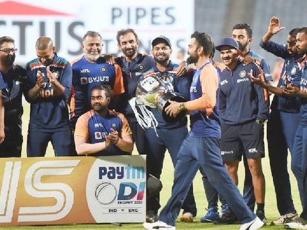 ટીમ ઈન્ડિયાએ ટેસ્ટ અને T20 પછી વન-ડેમાં પણ ઈંગ્લેન્ડને ધૂળ ચટાડી હતી.