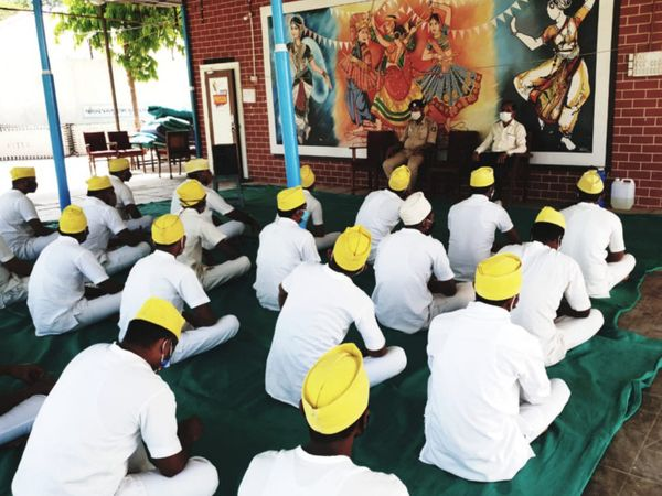 કેદીઓએ રવિવારે PM મોદીના મન કી બાત કાર્યક્રમનું શ્રવણ કર્યું હતું