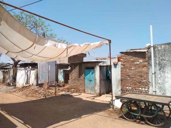 ખંડવાની બંગાલી કોલોનીમાં રહેતી હતી તમન્ના (આસમાની રંગના દરવાજાવાળું ઘર)