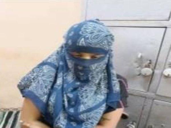 સ્પામાં કામ કરતી યુવતીને શોષિત થતાં પોલીસે બચાવી લીધી. - Divya Bhaskar