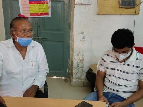 હળવદમાં કોરોના ટેસ્ટ અને સારવારને લઈ ફરિયાદો ઉઠતા ધારાસભ્ય દોડતા થયા - Divya Bhaskar