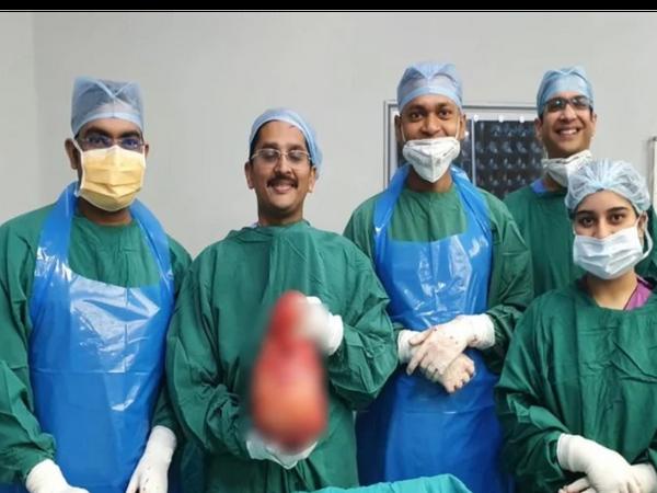ગંગા રામ હોસ્પિટલના ડૉક્ટરોએ 12 વર્ષની કિશોરીના પેટમાંથી બે ફૂટબોલ જેટલું મોટું ટ્યૂમર કાઢ્યું - Divya Bhaskar