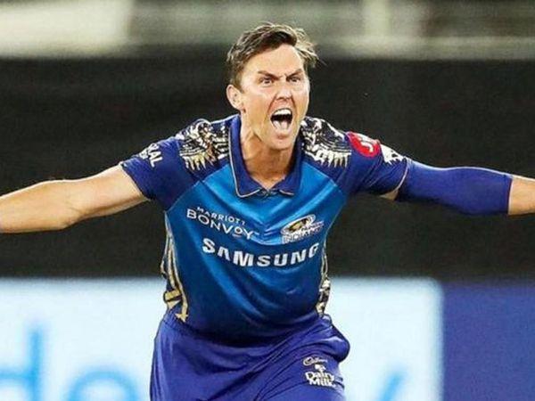 IPL 2020માં બોલ્ટે મુંબઇ તરફથી રમેલી 15 મેચોમાં 25 વિકેટ લીધી હતી.