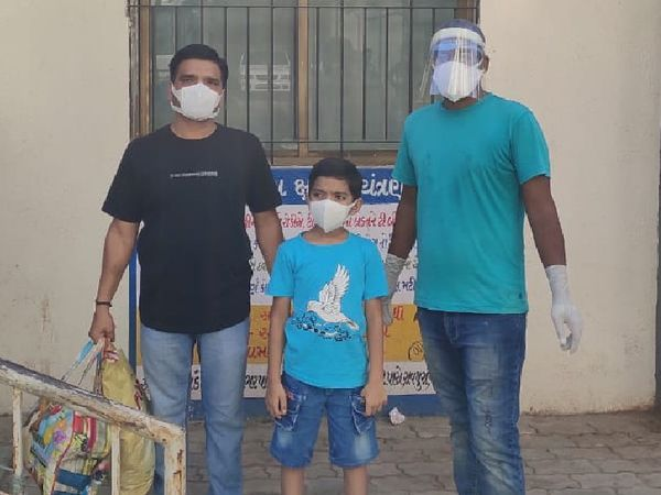 વડોદરા અને અન્ય જિલ્લાઓના કુલ 10 કોરોના ગ્રસ્ત બાળકો સારવાર માટે દાખલ થયા હતા