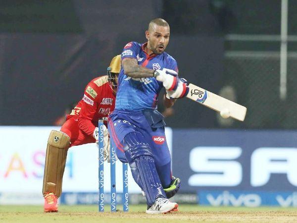 शिखर धवन ने 49 गेंदों पर 92 रन बनाए।