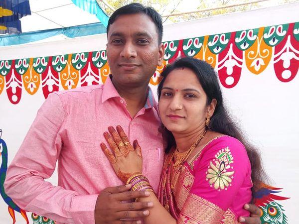 जयेश पटेल और उनकी पत्नी की तस्वीर