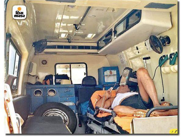 जब परिवार की एम्बुलेंस द्वारा कोरिना के सकारात्मक मुरलीधर खत्री को दहिसर चक्कन कोविद केंद्र में ले जाया गया, तो पाया गया कि बिस्तर खाली नहीं था।