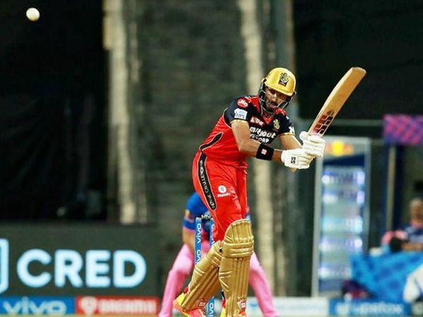 इस सीजन में देवदत्त पैडीकल पहली बार अच्छी फॉर्म में दिखे।  उन्होंने हर आरआर गेंदबाज के खिलाफ रन बनाए।