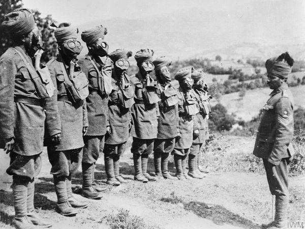 गैस ड्रिल के दौरान भारतीय सैनिक (फाइल फोटो)