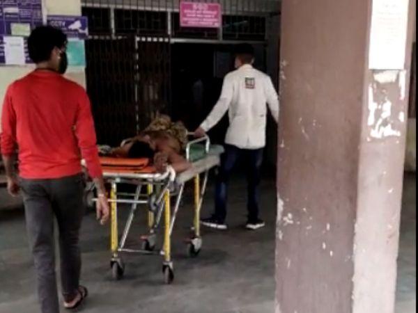 108ની ટીમ ઘરમાં અને રસ્તામાં તોફાન મચાવતા યુવકને સિવિલ સારવાર માટે લાવી હતી.
