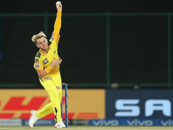 चेन्नई के तेज गेंदबाज ऑलराउंडर सैम कर ने 3 विकेट लिए, लेकिन मैच नहीं जीत सके।