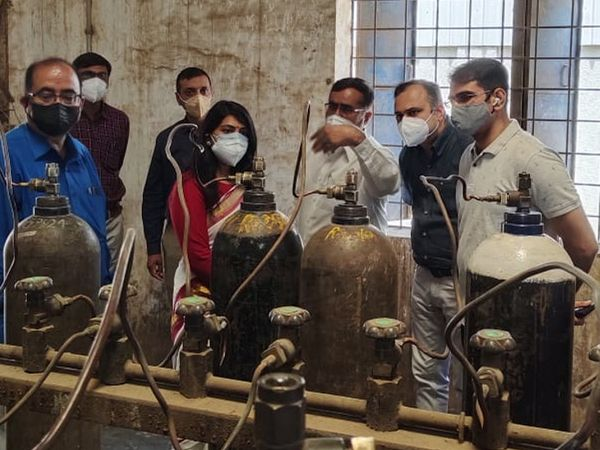 OSD ડો.વિનોદ રાવે GSFC અને સાવલીની ગેસ કંપનીનું નિરીક્ષણ કર્યું