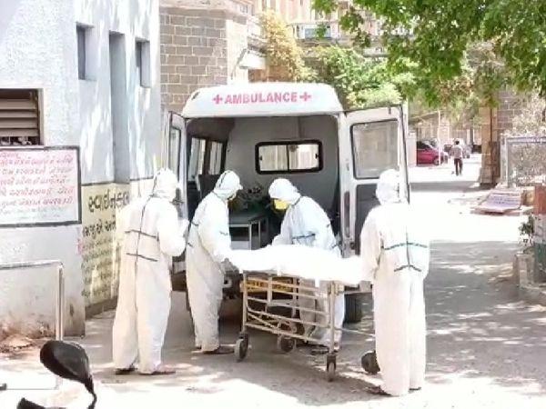 સુરેન્દ્રનગરમાં કોરોનાનો કહેર યથાવત, આજે નવા 67 કેસ, 7 દર્દીના મોત - Divya Bhaskar