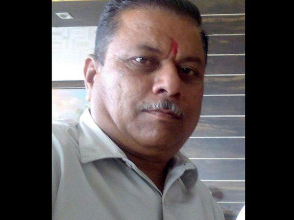 મૃતક બિલ્ડર્સ   ઘનશ્યામભાઈ - Divya Bhaskar