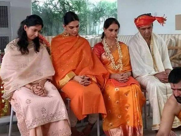 દીપિકાના લગ્ન પહેલાં બેંગલુરુ સ્થિત ઘરમાં પૂજા રાખવામાં આવી હતી, તે સમયની તસવીર