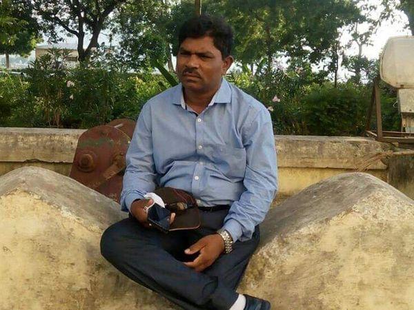 આરોપી અધિકારીની તસવીર - Divya Bhaskar