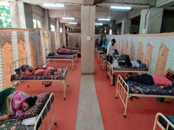 જે દર્દીઓ ગંભીર નથી, સામાન્ય સારવારની જરૂર છે તેમને દવા, આરામ, સુવિધા અપાઇ છે. - Divya Bhaskar