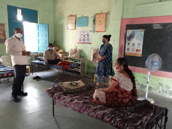 જિલ્લાના ગામોમાં ઉભા કરાયલે કોવિડ કેસ સેન્ટરમાં દર્દીઓને દાખલ થયા - Divya Bhaskar