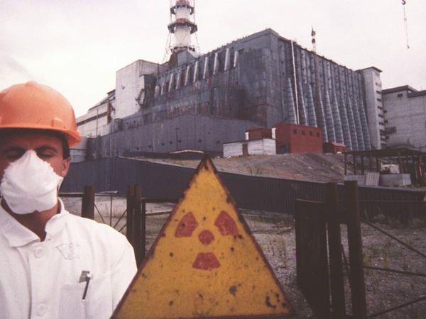 1986 में इतिहास में सबसे भीषण परमाणु दुर्घटना का कारण बनने वाला संयंत्र एक बार फिर परमाणु ईंधन पर प्रतिक्रिया कर रहा है।