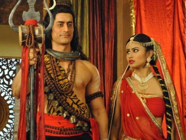 उन्होंने मोहित रैना और मौनी रॉय के साथ 'देवो के देव महादेव' में काम किया था।