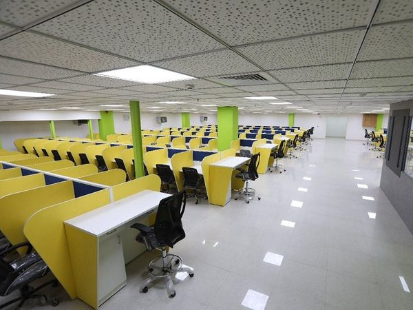 वर्क फ्रॉम होम कल्चर ने आईटी कंपनियों के दफ्तरों को खाली छोड़ दिया है (प्रतीकात्मक छवि)।