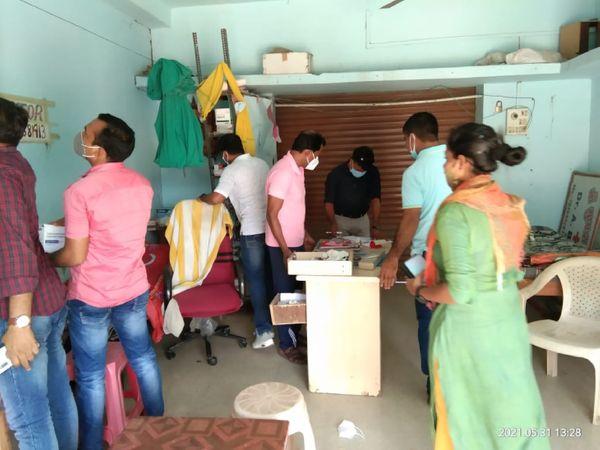 ડિગ્રી વગર દવાખાના ચલાવતા 14 નકલી ડોકટરોની ધરપકડ કરાઈ - Divya Bhaskar