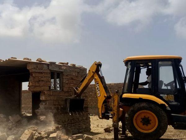 દ્વારકા પાલિકા હવે રહી-રહીને જાગી : મોટામાથાના દબાણો પણ તોડાશે ? - Divya Bhaskar