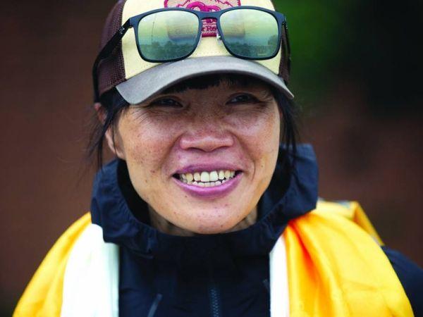 આ વર્ષે ક્લાઈમ્બિંગની સીઝનમાં નેપાળે રેકોર્ડ બ્રેક 408 પર્વતારોહકને પરમિશન આપી છે. - Divya Bhaskar